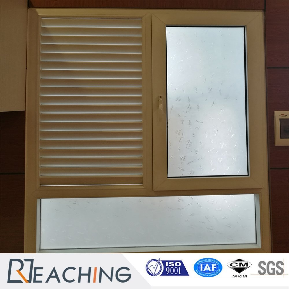 Beautiful PVC Shutter Window Blind Adjust The Light